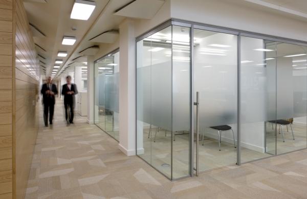 Vaccarini ufficio arredamenti per ufficio cancelleria e for Copie mobili design